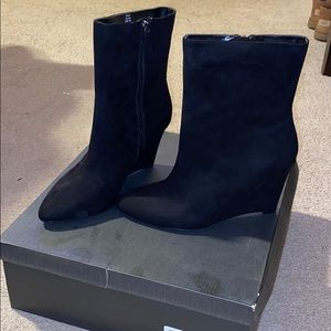 Just fab vivica wedge booties new in box